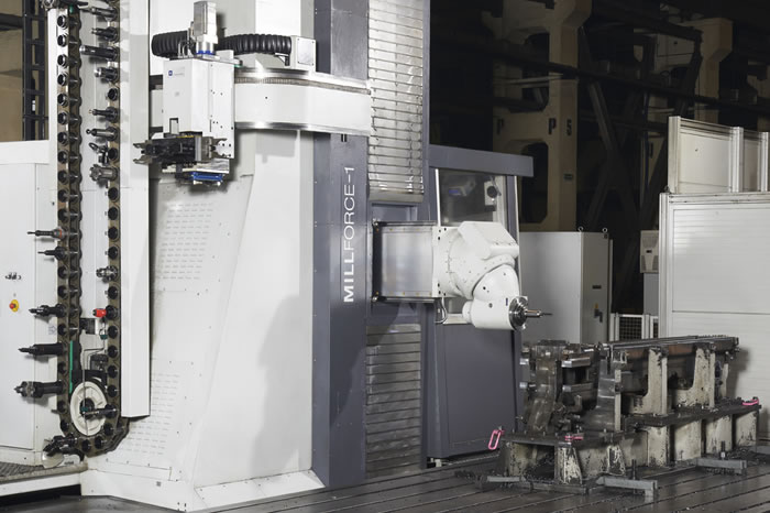 MILLFORCE 1 with automatic tool changer